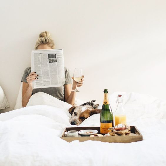 champagne-bed